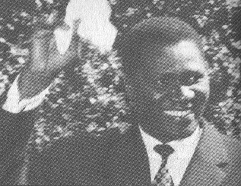 Sekou Toure et son mouchoir blanc